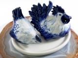 Huhn und Hahn,Salz- und Pfefferstreuer Porzellan, blau