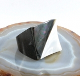 Perlmutt und Holz, Ring